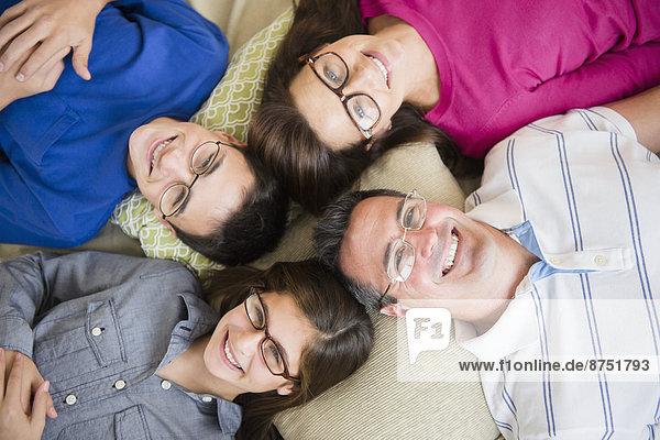 Portrait  Europäer  Brille  Kleidung