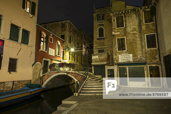 Italy  Venice  Alley at night