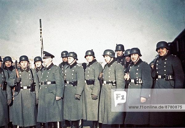 Überprüfung  Geschichte  Krieg  Polizist  Ghetto  Polen  Zweiter Weltkrieg  II.