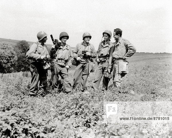 WW II  historical  war  world war  second world war  operation Overlord  Overlord  invasion  Five  war photographer  signal corps  Company  May  1944  war correspondent  United Kingdom  Great Britain