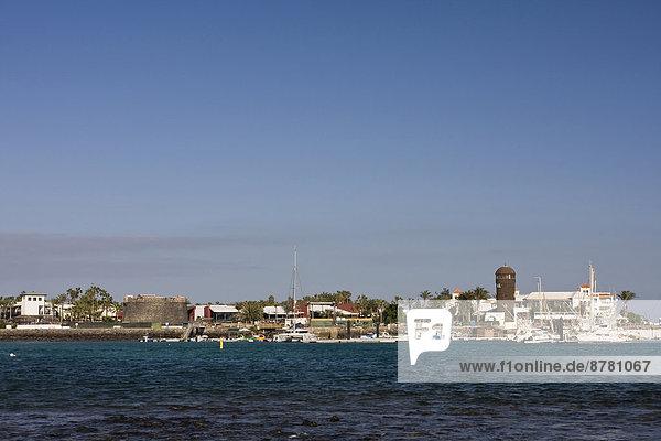 Hafen  Europa  Boot  Leuchtturm  Kanaren  Kanarische Inseln  Fuerteventura  Spanien