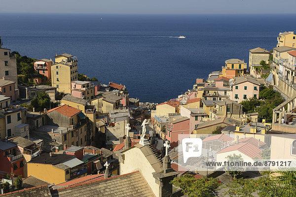 Wasserrand Europa Hügel Steilküste Küste Großstadt Meer Dorf Fernsehantenne Cinque Terre Italienisch Italien