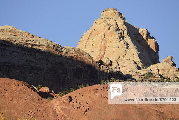 Vereinigte Staaten von Amerika  USA  Felsbrocken  Amerika  Landschaft  Süden  Capitol Reef Nationalpark  Colorado Plateau  Sandstein  Utah