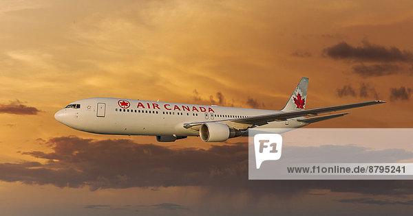 Air Canada Boeing 767-333 ER in flight at night