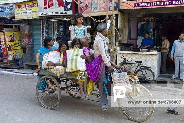 Straße  Großstadt  Stilleben  still  stills  Stillleben  Varanasi