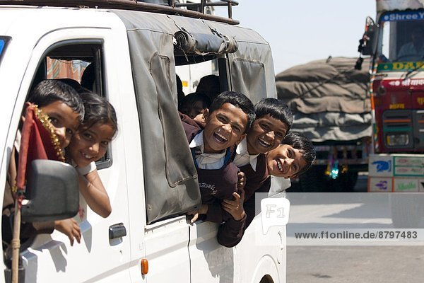 Delhi  Hauptstadt  Bundesstraße  Schüler  Bombay  8  Jaipur  Rajasthan