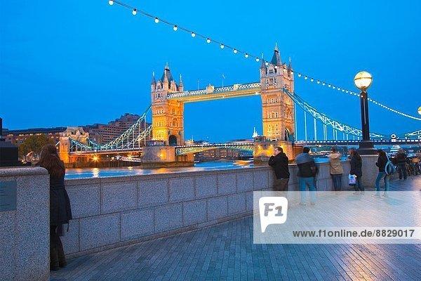 Tower Bridge und Thames River  London  England  Großbritannien  Großbritannien  Europa.