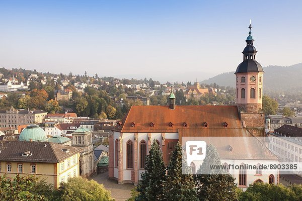Europa  Stadt  Kirche  Ansicht  Luftbild  Fernsehantenne  Baden-Baden  Schwarzwald  Deutschland  alt