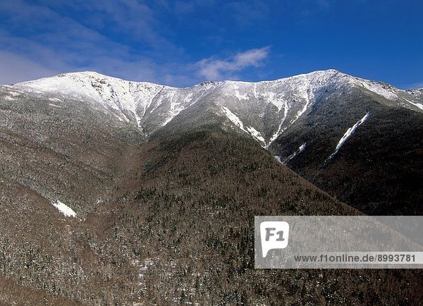 Appalachian Trail _ Hikers make their way along the Franconia Ridge Trail during the winter months. Located in the White Mountains  New Hampshire USA Notes: