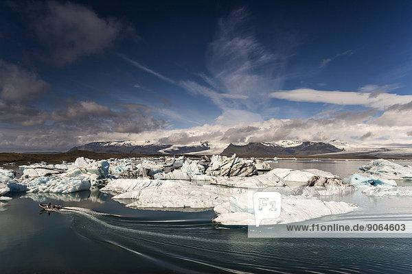 Eisberge  Gletscherlagune Jökulsárlón  Vatnajökull Gletscher  Austurland  Ost-Island  Island