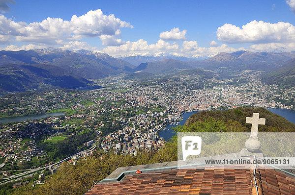 Dach über Ansicht Kapelle Lugano Schweiz Kanton Tessin