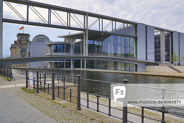 Berlin Hauptstadt Deutschland Regierungsviertel Reichstagsgebäude