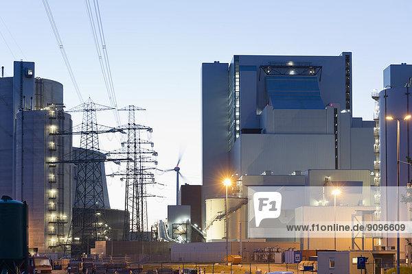 Deutschland  Hamburg  Kohlekraftwerk Moorburg am Abend