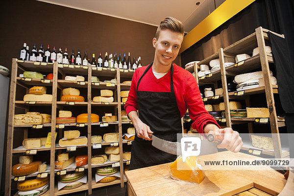 Portrait  schneiden  Käse  Laden  Hoffnung  Verkäufer