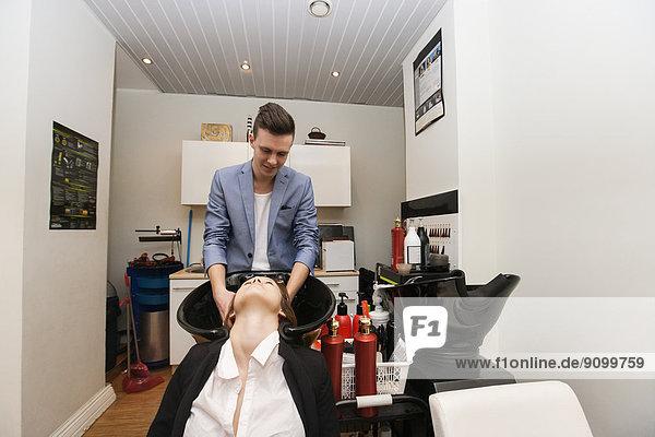waschen  Beauty  Friseur  Haar