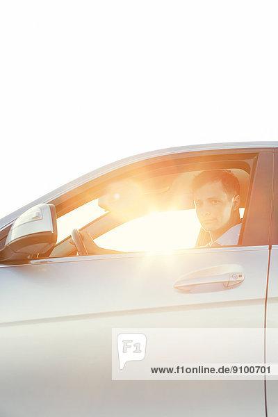 Portrait  Mann  Auto  fahren  jung