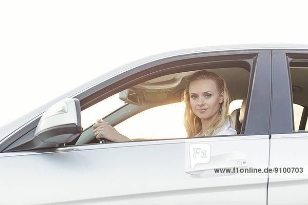 Portrait  Frau  Schönheit  Auto  fahren