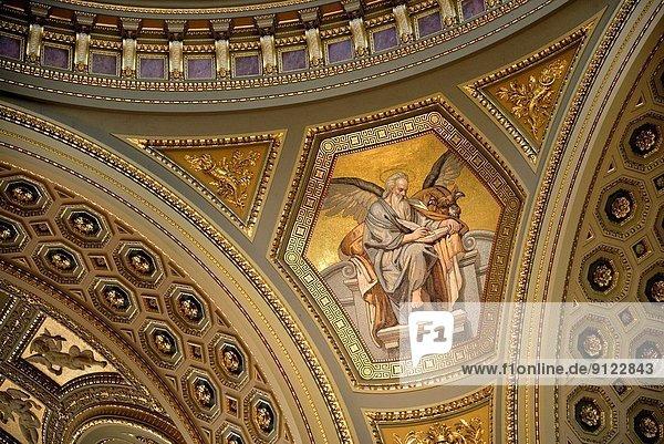 Budapest  Hauptstadt  Religion  Dekoration  innerhalb  Schädling  Basilika  Ungarn
