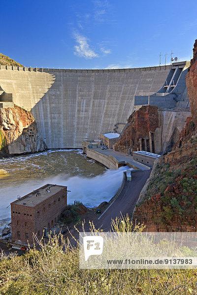 Theodore Roosevelt Dam  hydroelectric generating  Apache Trail  Arizona Hwy 88  Arizona  USA