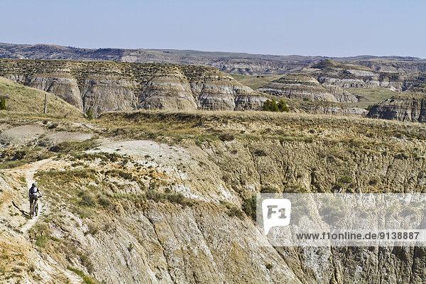 Berg  folgen  Band  Bänder  Vollkommenheit  Weg  North Dakota