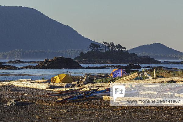 hoch oben camping Insel Kajakfahrer britisch Kanada Vancouver Westküste