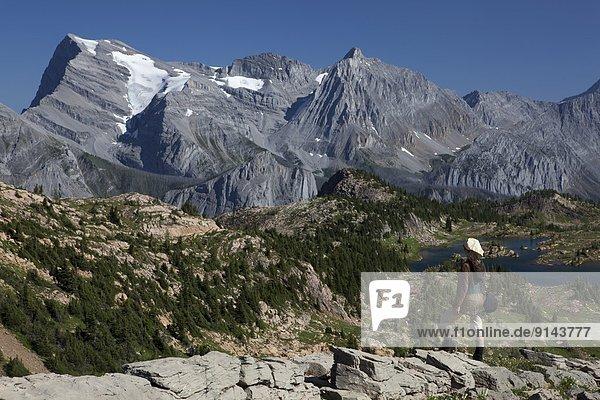 hoch  oben  sehen  Berg  Ländliches Motiv  ländliche Motive  Rocky Mountains  Abruzzen  British Columbia  Kanada  Lancaster