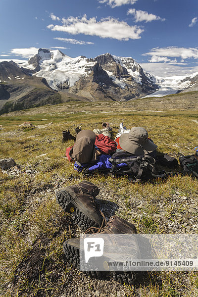 Berggipfel  Gipfel  Spitze  Spitzen  Entspannung  Ignoranz  wandern  2  Berg  Athabasca River  Jasper Nationalpark  Alberta  Kanada
