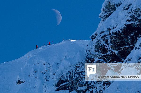 Extremskifahren  durchsichtig  transparent  transparente  transparentes  Berg  Wettbewerb  Urlaub  Wachmann  British Columbia  Kurs  bekommen