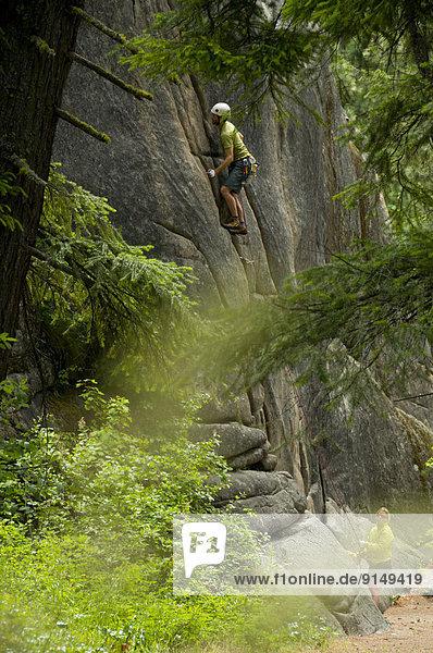 aufwärts Steilküste Klettern