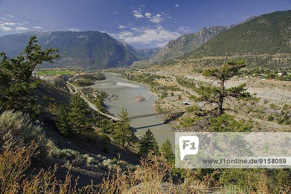 Stadt  Fluss  Fraser River  British Columbia  Kanada  Vancouver