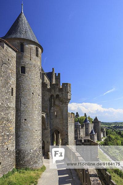 Chateau Comtal  Mittelalterliche Festungsanlage Carcassonne  Cite de Carcassonne  Carcassonne  Département Aude  Languedoc-Roussillon  Frankreich