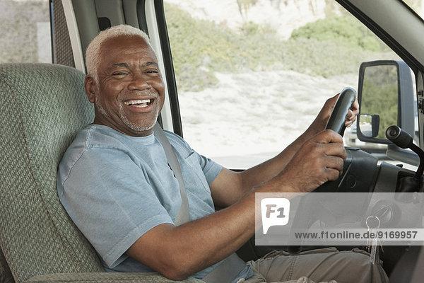 Senior Senioren Mann fahren mischen Mixed