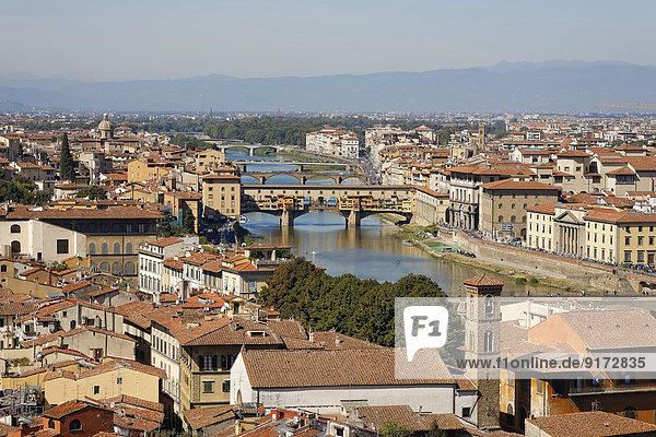Italien  Toskana  Florenz  Stadtansicht und Ponte Vecchio