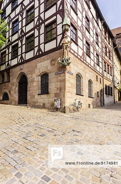 Deutschland  Bayern  Nürnberg  Skulptur am Tiergaertnertor