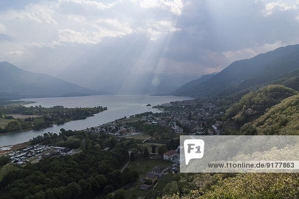 Italien  Lombardei  Povince Como  Comer See  Blick auf Gera Lario