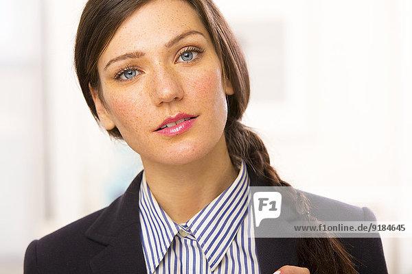 Europäer Geschäftsfrau lächeln