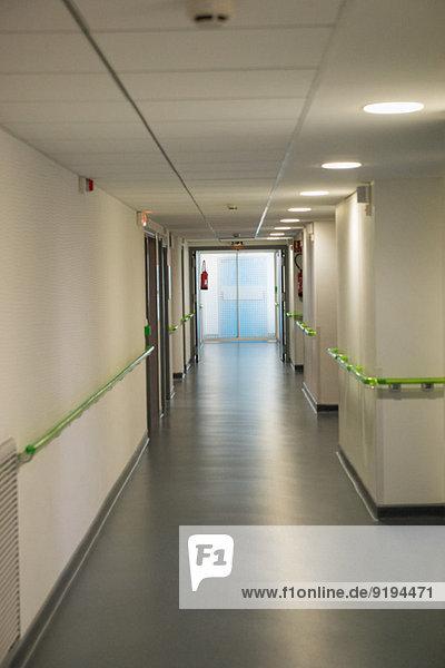 Innenbereich des Krankenhausflurs