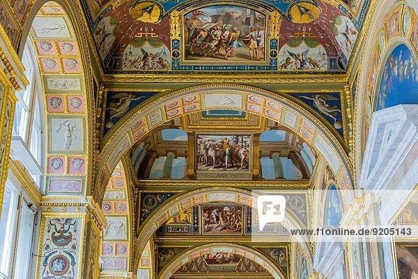 Winter Galerie Palast Schloß Schlösser lang langes langer lange Russland Innenaufnahme