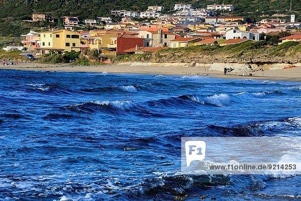 Mann Strand angeln Italien Stange Sardinien