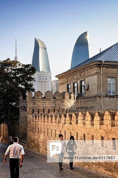 Wand Straße Großstadt Turm Hintergrund Flamme Befestigungsanlage alt