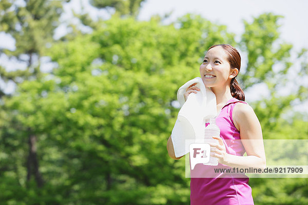 Wasser Training jung Mädchen Flasche japanisch