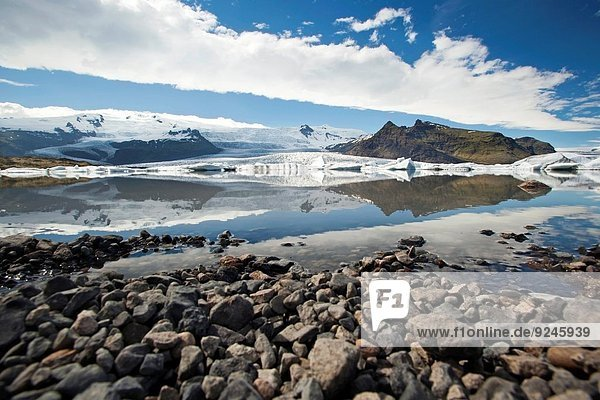 Fjallsarlon Glacier Lake - Fjallsjokull Glacier in Vatnajokull National Park - Southern Iceland.