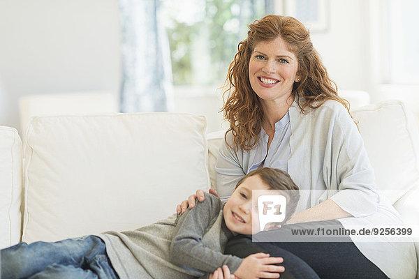 Entspannung Couch Sohn 5-9 Jahre 5 bis 9 Jahre Mutter - Mensch