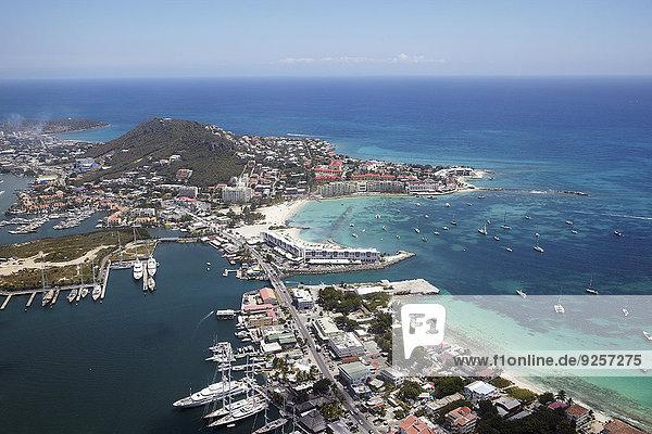 Stadt Meer Jachthafen Karibik Ansicht Luftbild Fernsehantenne