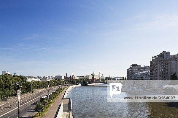 Russland  Moskau  Moskwa und Gebäude rund um den Kreml