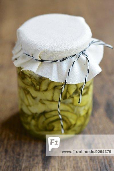 Hausgemachtes Brot und Butter Zucchini Pickles Hausgemachtes Brot und Butter Zucchini Pickles