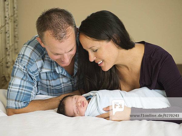 Neugeborenes neugeboren Neugeborene Portrait Junge - Person Baby