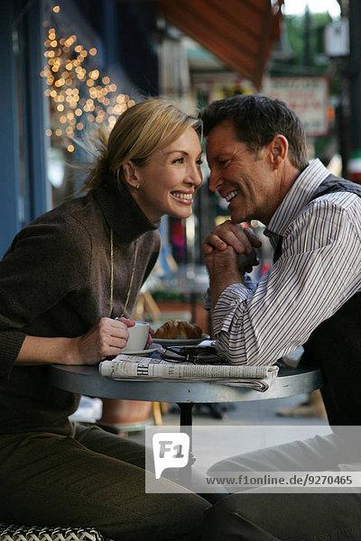 Cafe reifer Erwachsene reife Erwachsene Außenaufnahme
