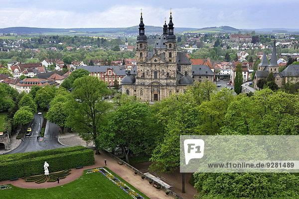 Fuldaer Dom  Schlosspark vom Fuldaer Stadtschloss  Fulda  Hessen  Deutschland