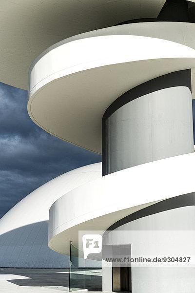 Oscar-Niemeyer-Kulturzentrum  vom brasilianischen Architekten Oscar Niemeyer  Aviles  Spanien